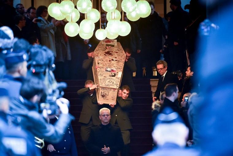 Image: The tribute service for Bernard Verlhac - Montreuil