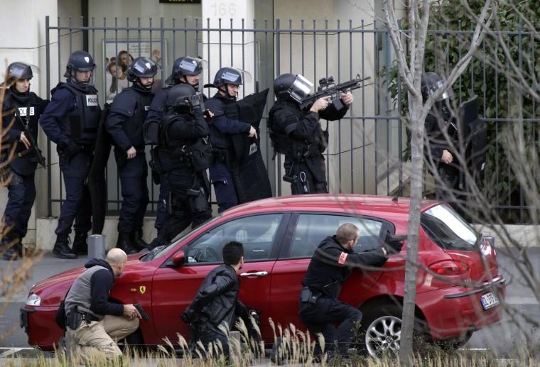Image: Paris standoff