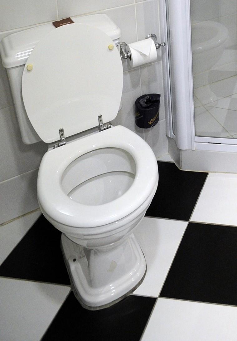 Image: bathroom in Kimberley