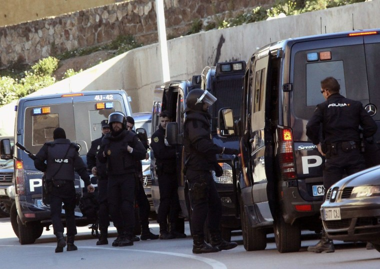 Image: SPANISH POLICE ARREST FOUR ALLEGED JIHADISTS IN CEUTA