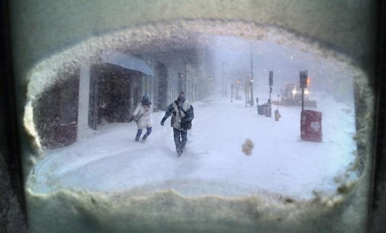 Blizzard Pummels New England, Spares New York