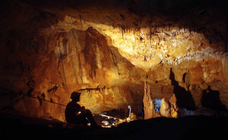 Image: Manot Cave