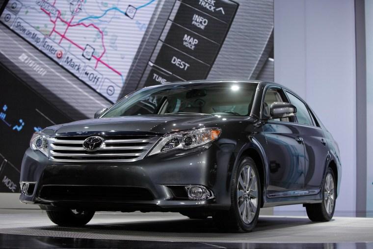 Image: 2011 Toyota Avalon