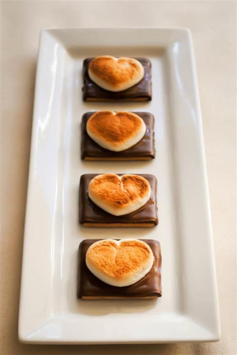 Valentine's heart s'mores