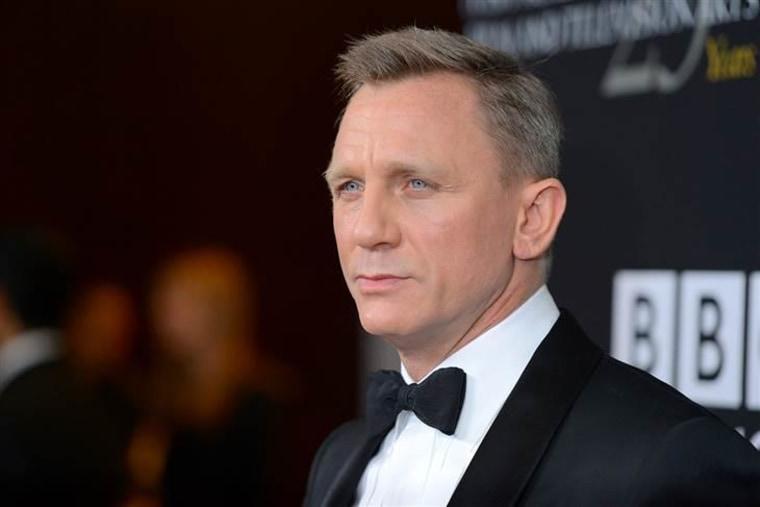 Daniel Craig, sexy Brit.