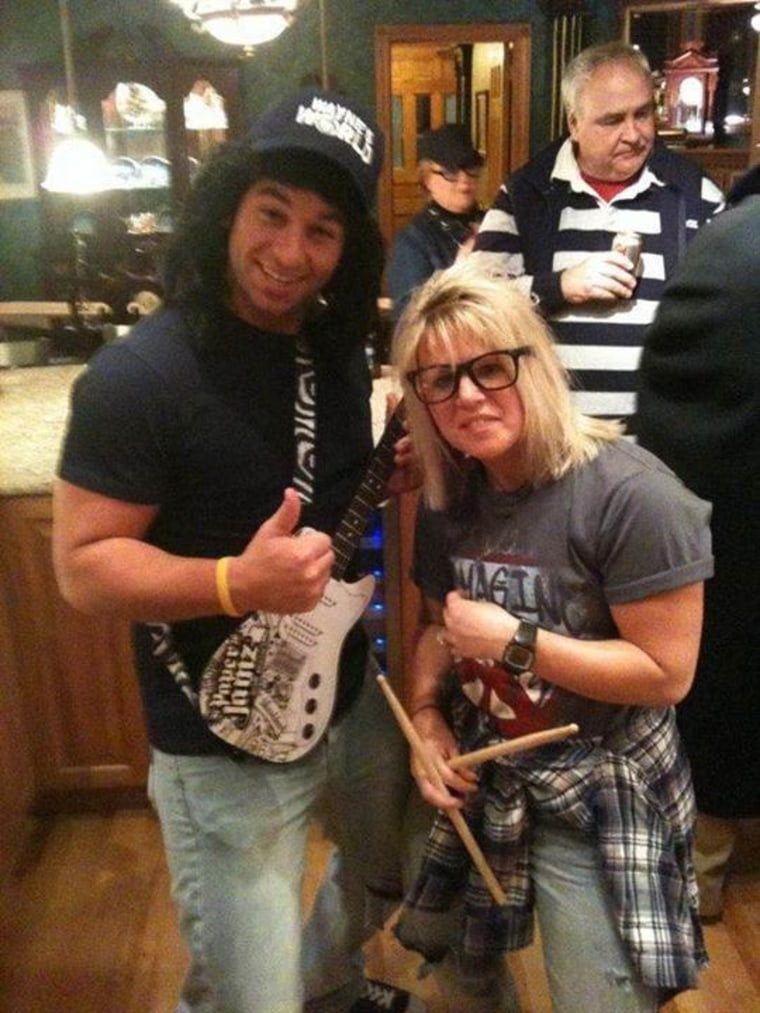 wanye and garth from waynes world halloween costume