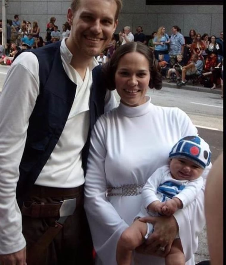 Luke Skywalker and Princess Leia Halloween Costume  sc 1 st  Today Show & 61 awesome last-minute Halloween costume ideas