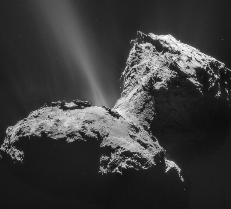 What a Blast! Rosetta Probe Watches Comet in Action