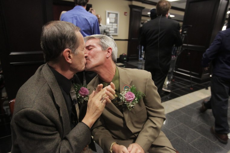 Image: US Supreme Court allows gay marriages in Alabama