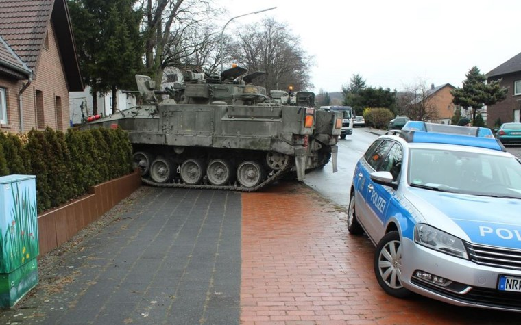 Image: A British tank to crash into the front lawn of a private home in a residential area in the northern Germany