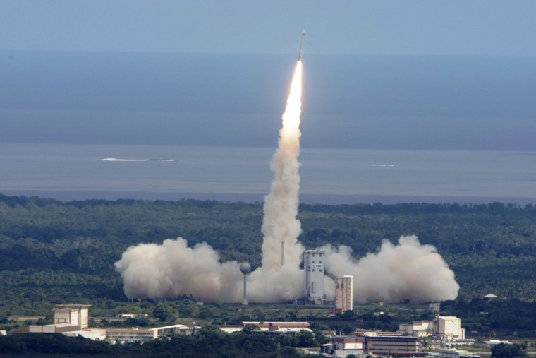 Europe's IXV Mini-Space Shuttle Aces Its First Test Flight