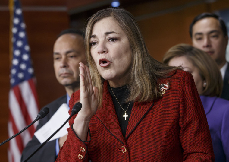 Image: Luis Gutierrez, Loretta Sanchez