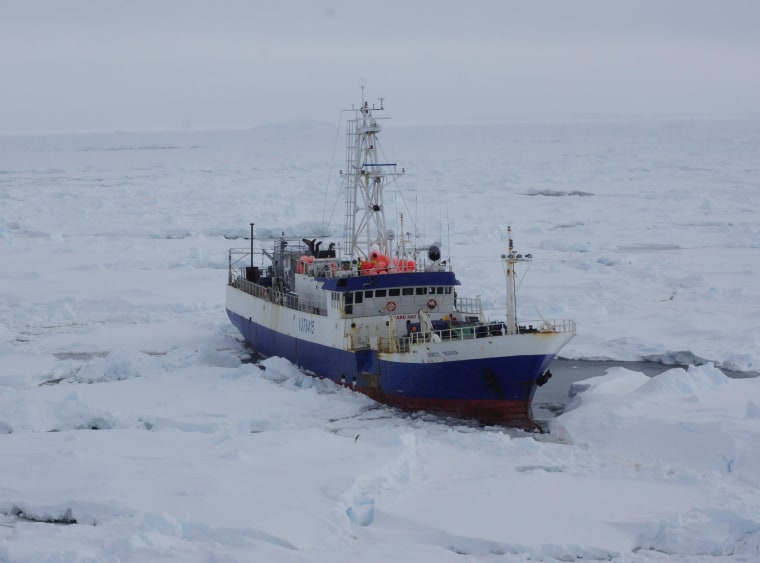 Image: Coast Guard Cutter Polar Star navigates to beset fishing vessel