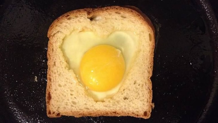 Heart egg in a hole