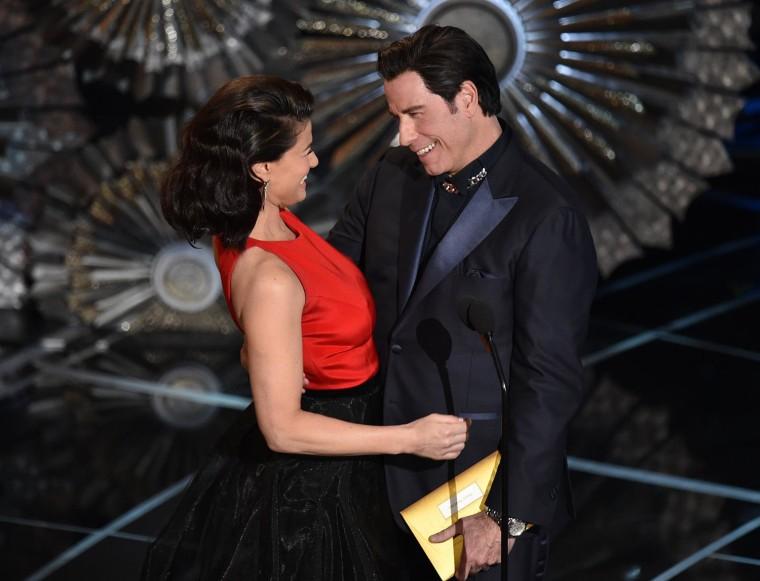 Image: Idina Menzel, John Travolta