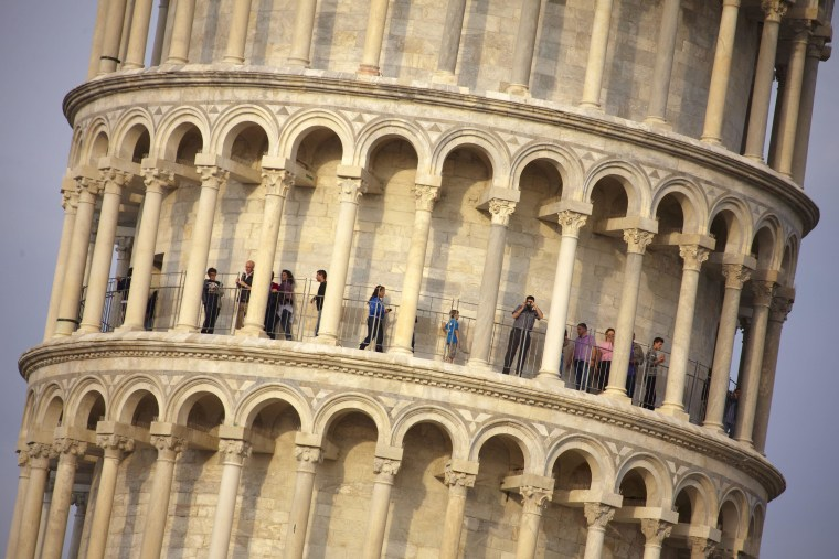 Image: Leaning Tower of Pisa on April 26, 2011