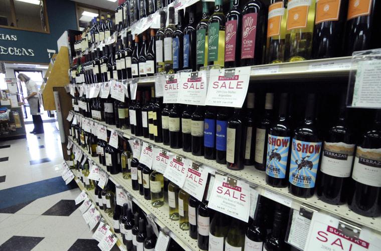 IMAGE: Minnesota liquor store