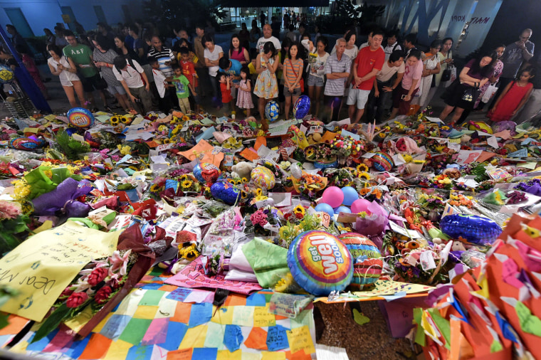 Image: Singapore vigil for Lee Kuan Yew