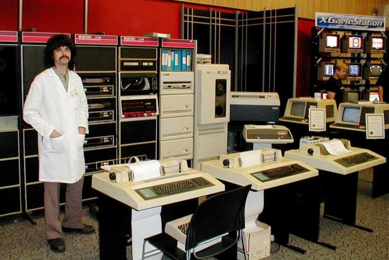 Forget classic cars  Retro-computing resurrects old tech