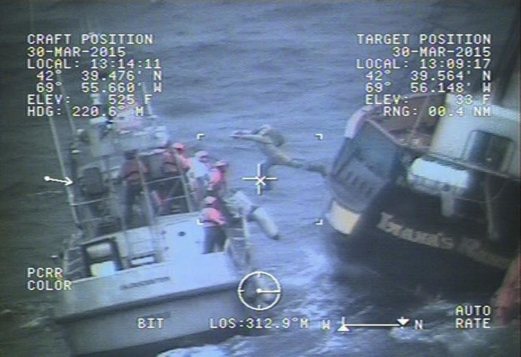 Coast Guard rescues 9 from Canadian Tall Ship