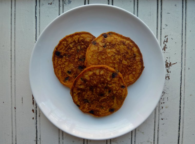 Pumpkin and chocolate chip pancakes recipe