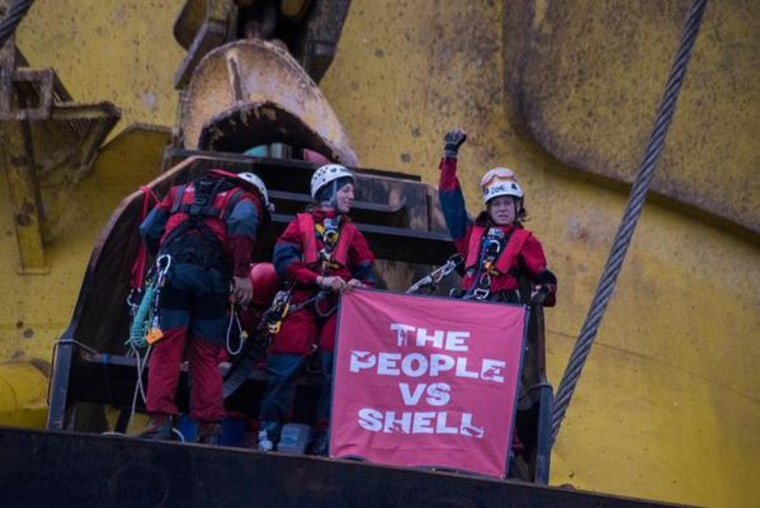 IMAGE: Greenpeace protesters