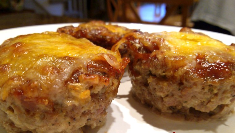 Cheddar barbecue mini meatloaf