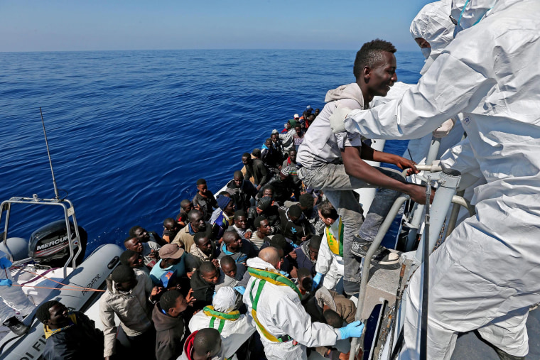 Image: 220 migrants rescued by Italian ship