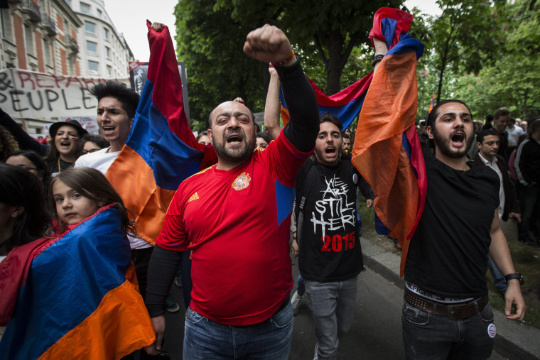 Image: Armenian genocide remembrance rally in Paris