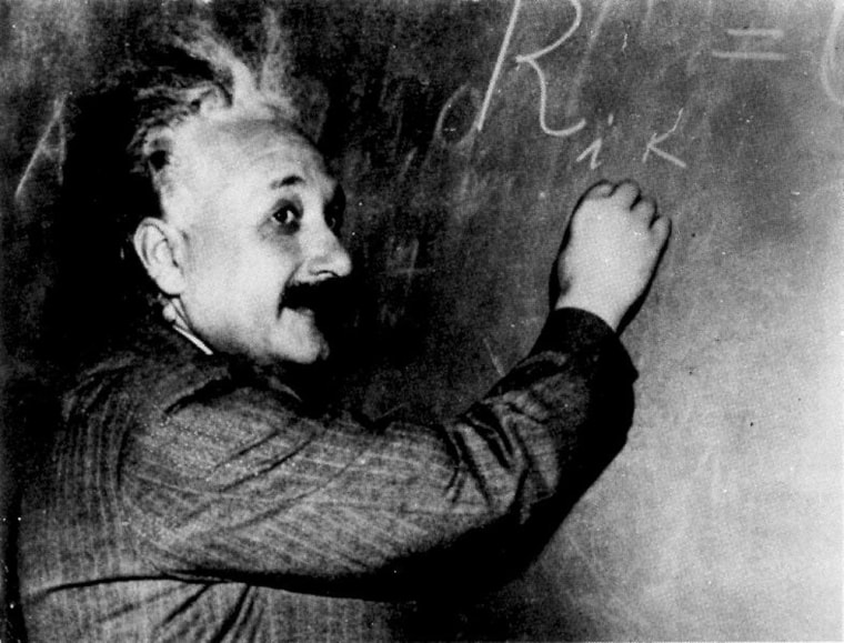 'Albert Einstein Font' Lets You Write Like a Physics Genius