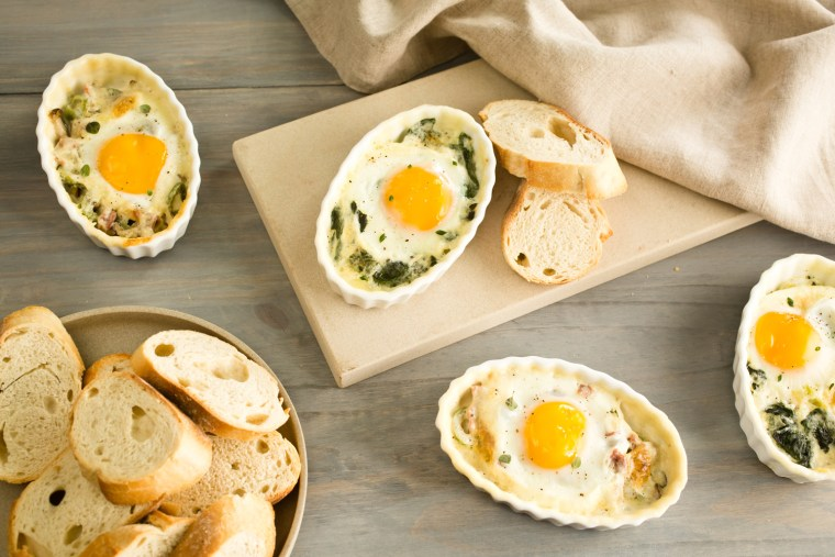 An easy recipe for baked eggs transforms breakfast or brunch