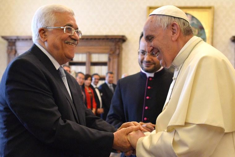 Image: Pope Francis meets Palestinian leader Mahmoud Abbas