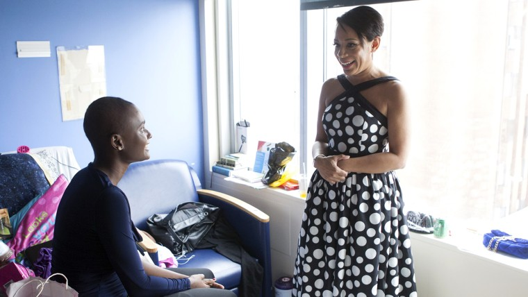 """Orange is the New Black"" star Selenis Leyva meets ill student"