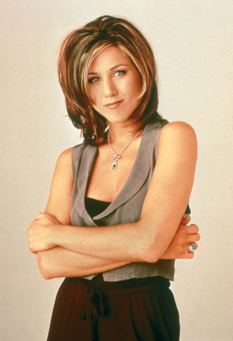 "Jennifer Aniston starts a trend with ""The Rachel"" haircut"