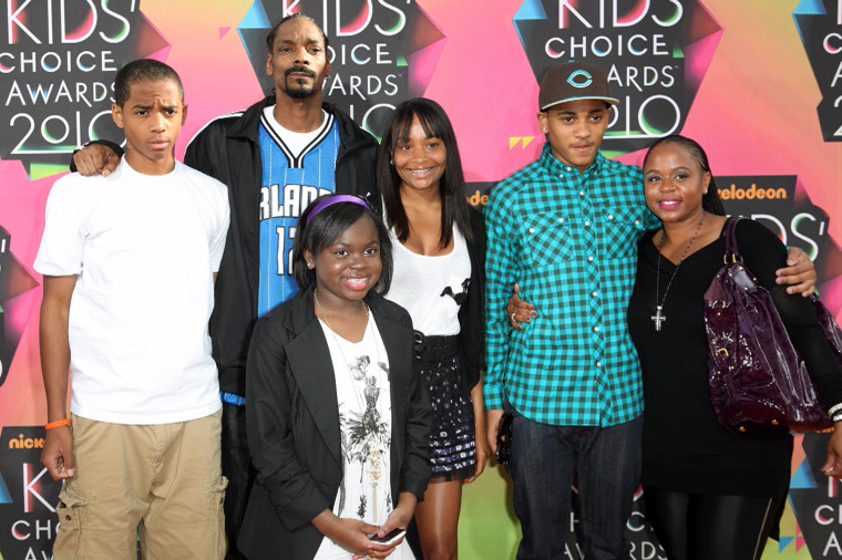 Snoop Dogg and his family