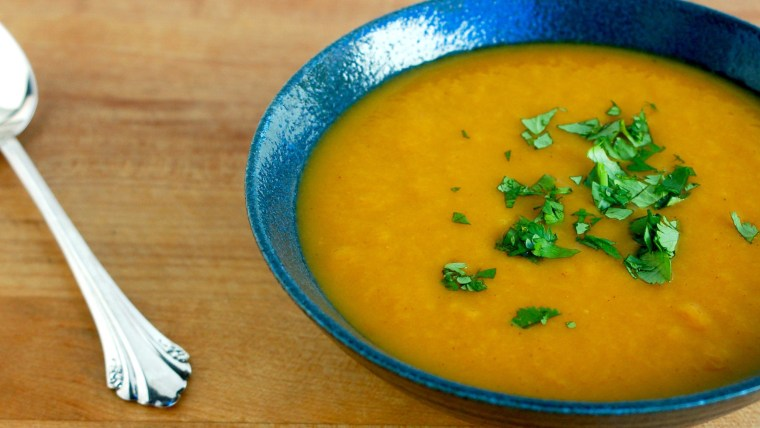 Slow Cooker Carrot Soup