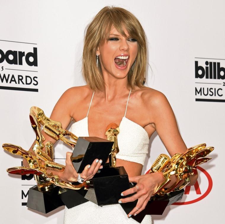 Image: US-MUSIC-BILLBOARD MUSIC AWARDS-PRESS ROOM