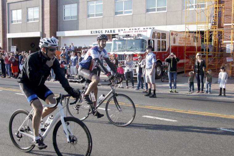 Matt Lauer on Red Nose Day bike ride