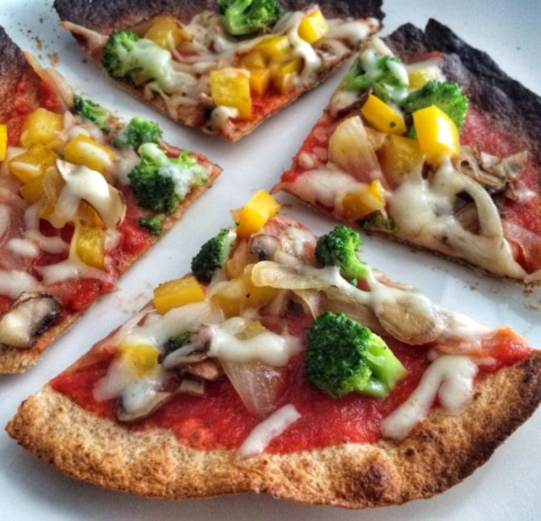 Healthy veggie pizza