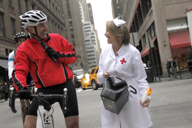 Katie Couric surprises Matt Lauer on the last leg of his Red Nose bike tour