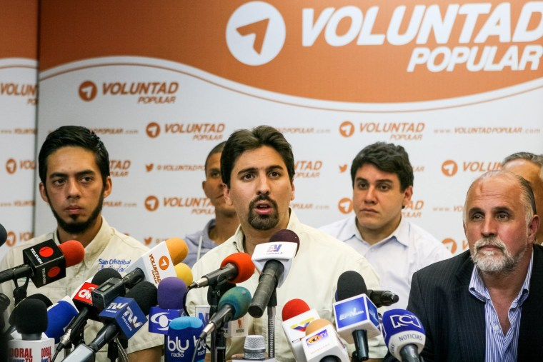 Image: PRESS CONFERENCE OF DEFENSE AND PARTY OF OPPOSITOR LEOPOLDO LOPEZ IN CARACAS
