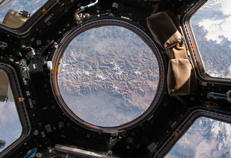 Month in Space: These Pictures Will Put You in Orbit ... and Beyond