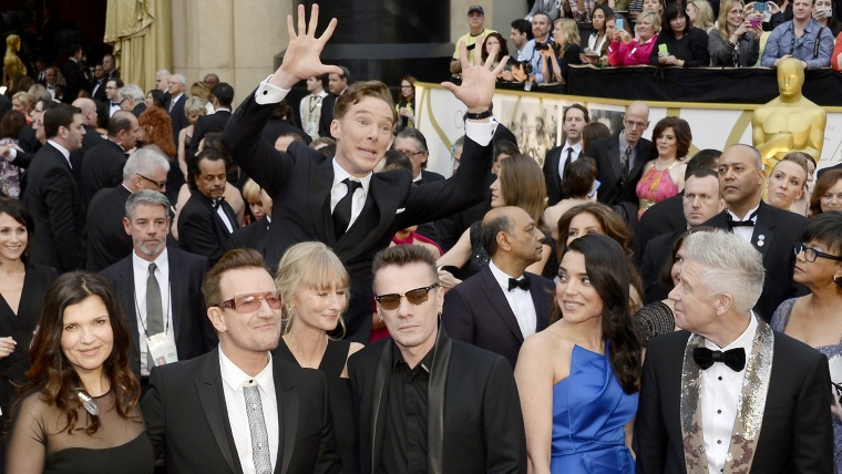 Benedict Cumberbatch photobombs U2 at the 86th Annual Academy Awards