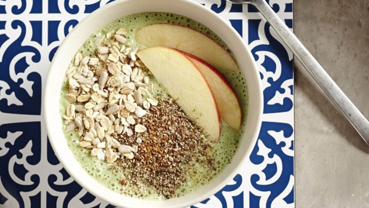 Green banana smoothie bowl