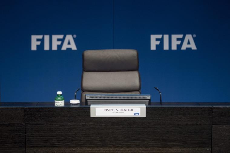 Image: FIFA President Blatter resigns