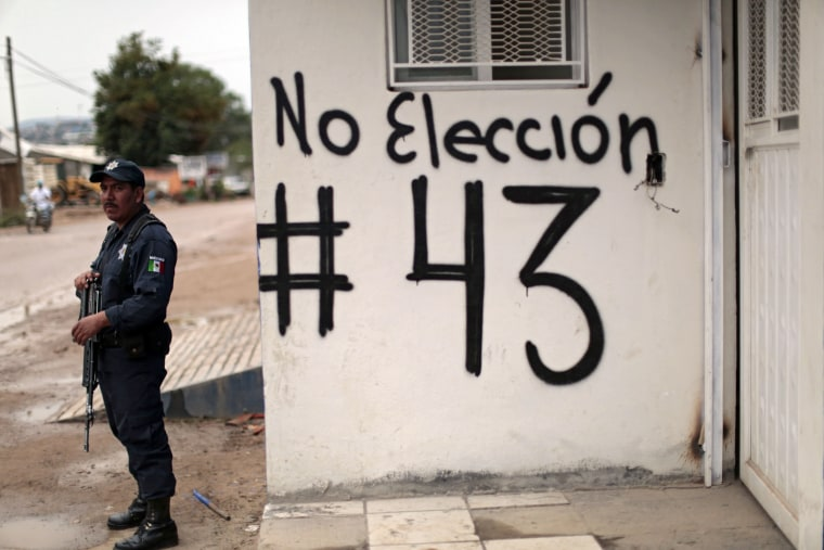 Image: MEXICO-ELECTIONS-TEACHERS