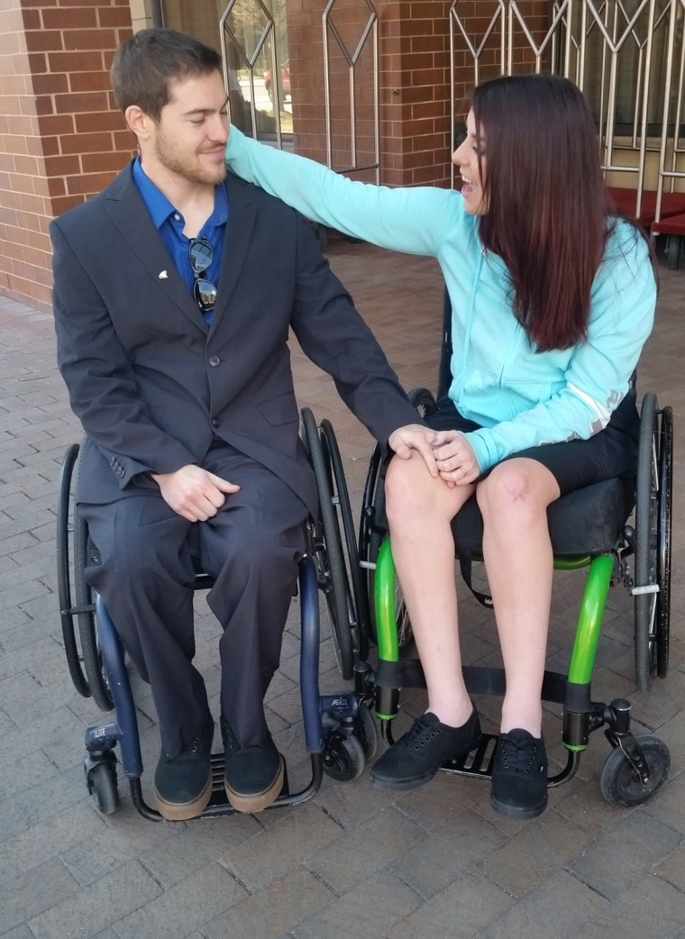 Paralyzed couple meet after groundbreaking spinal surgery