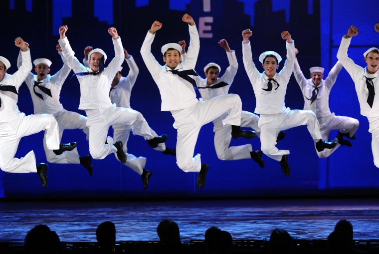 "Image:The cast of ""On the Town"""