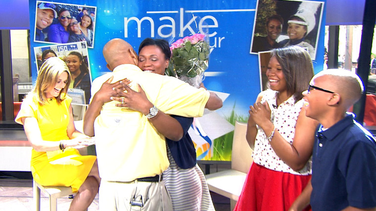 Military dad surprises his family with reunion on TODAY