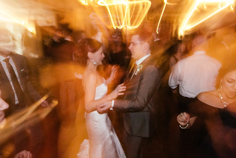 Picture perfect! 86 wedding photos you can't forget to capture - image jason-genn-real-wedding-dancing-today-150616_46cb09224deb3d7c5698532b1feabcb7.fit-760w on https://alldesingideas.com